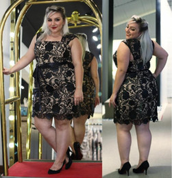 Wholesale 2015 Plus Size Prom Dress Square Sleeveless Short Formal Dresses With Black Vintage Lace And Appliques Evening Dresses BBD5638