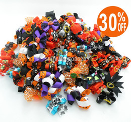 Wholesale Mixed Package PC Halloween Dog Bows Holiday Pet Handmade Accessories Ribbon Hair Bows Grooming Bands