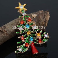 Wholesale Fashion Accessories Rhinestone Green Tree with K Gold Plated Christmas Brooch Pin