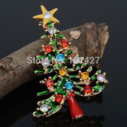 Wholesale-5Pcs lot Wholesale Fashion Accessories Rhinestone Green Tree with 18K Gold Plated Christmas Brooch Pin