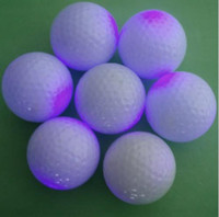 Wholesale 50 High Quality Cute Flashing Golf Ball LED Golf Balls For Playing Colors Change