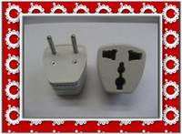 Wholesale 20pcs European Regulation EU Regulation universal adapter adapter can turn the U S rules