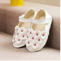 achat en gros de zapatos fille fleur-Gros-2015 New évider enfants sandales euro Taille 21-30 Zapatos para ninos Chaussures en cuir Chaussures fille petite fleur fille chaussures