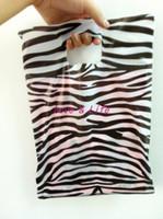 al por mayor las compras de cebra-Venta al por mayor-Venta al por mayor 25 * 35cm bolsas de plástico, ropa de embalaje bolsas de plástico con estampado de zebra de compras bolsas de regalo del envío 100pcs