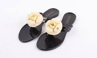 Wholesale Hot Sale Flat Heel Flip Slippers camellia Summer Beach Flip Flops Brief Casual Sandals Shoes For Women
