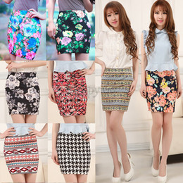 Wholesale-New Women Short Pencil Skirt Flower Print Skirt Fashion Womens Mini Skirts 9 Colors High Quality 25