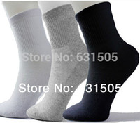 Wholesale NEW ARRIVAL fashion men s sport socks cheap price male cotton socks men fits for mix black white gray Hot sale