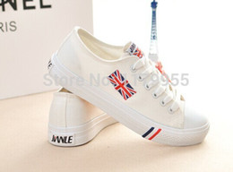 Wholesale Plus Size British Flag Sneakers for Men Women Fashion Union Jack Breathabl Low to help Print Canvas Running Shoes