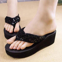 Sequins gros-2015 semelles antidérapantes pantoufles coins plateforme plage tongs mode pantoufles femmes cheap wholesale slipper soles à partir de semelles de pantoufles de gros fournisseurs