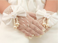 Wholesale Flower girl gloves Kids Girls Ivory Cream Lace Pearl Fishnet Gloves Christening First Communion Wedding Flower Girl Party Y