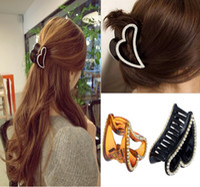 Wholesale New Crystal Rhinestone Hair Clip Claw Fashion Large Brief Acrylic Heart Hair Gripper Accessory Hairpin