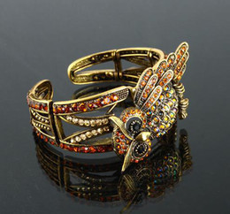 Wholesale antique bronze silver sparking owl bangle christmas birthday valentine promotion gifts color