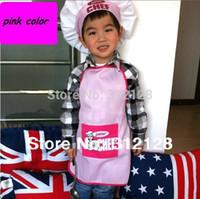 achat en gros de tablier gros jaune-Jeu de tabliers de tablier de gros-junior enfants cuisine tablier tablier tablier de kichen enfants avec chapeaux de chef jaune rose bleu meilleure qualité