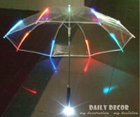 Wholesale Hot Sale colors changing LED luminous transparent umbrella with flashlight function Un paraguas Led O Guarda Chuva de Luz