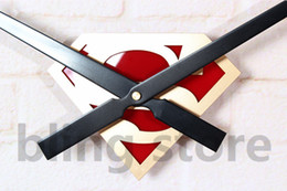 Wholesale bilng store High Quality Big Needles Superman Quartz Wall Clock for Home Decoration Unique Gift