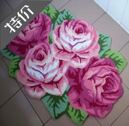 Wholesale Unique Handmade embroidery rose flower shaped area rugs door mats carpet flower painting beautiful bedroom mat bath mat