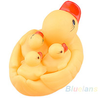 Wholesale Cute Baby Girl Boy Bath Bathing Classic Toys Rubber Race Squeaky Yellow Ducks Set Yellow Hot Sale