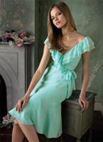 Short Green V-shaped Neckline Knee-length Chiffon Bridesmaid Dress Homecoming Dress