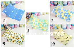 Wholesale PVC Stripes Foam Mat Crawling Carpet Child Kitchen Pad Bathroom Antiskid Customizable Width cm