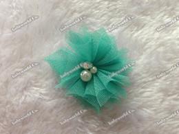 Wholesale Envío libre de los bebés al por mayor de flores de tul Mini gasa de malla accesorios para el cabello Rhinestone de la perla de la parte posterior plana Centro