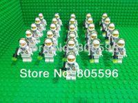 astronaut dolls - 26pcs astronaut figure compatible Building Block doll Loose Brick accessory WOMA Sluban figures