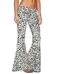 Wholesale La nueva manera ocasional pantalones de las mujeres pantalones de pierna ancha de las mujeres flojas Plancha Negro Blanco llamaradas más el tamaño S Xl