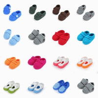 Wholesale Newborn Baby Girl Boy Handmade Woolen Knitted Soft First Walkers Shoes Crochet Cotton Solid Color Patch Toddler Shoes