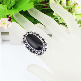Vintage Look Antique Silver Plated Fantastic Oval Flower Bead Adjustable Black Turquoise Rings R327