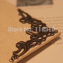 Wholesale DIY Scrapbooking Antique Bronze Metal Photo Albums Corners Protectors Book Decorative Corner