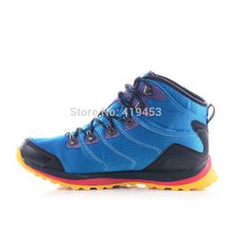 RAX waterproof hiking shoes men suede leather outdoor shoe mountain hiking shoes fashion leisure sports shoes free shipping A557