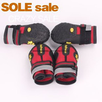 Wholesale 4pcs set Large Pet Dog outdoor sports shoes winter Big dog boots Prevent slippery wear resisting Shoes for dogs Red Black