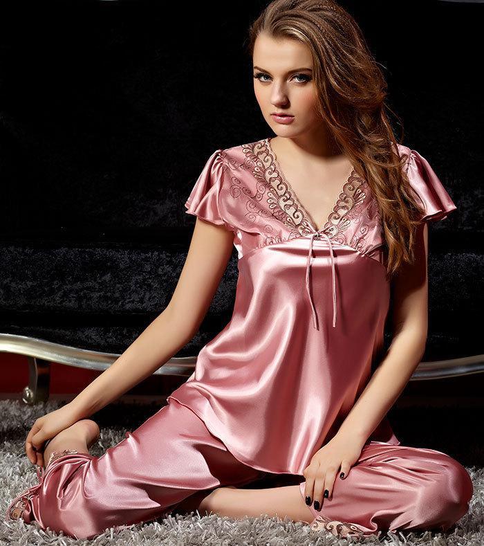 2015Free Shipping Wholesales Price Women Silk Pajamas Short Sleeve ...