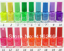 Wholesale fluorescent polish nail oil glow in the dark magnetic neon luminous art nailoil professional products