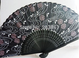 Wholesale New arrival Hand Crafts bamboo dark grey Fan with Flower and curve line painted on fabric Home Decoration