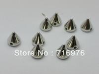 al por mayor cuentas de los pernos prisioneros de los picos-Envío Gratis 500 tono de plata metálica roca del remache del punto de acrílico de la forma cónica de los granos Stud 6x6mm (W02146)