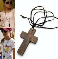 Wholesale women necklace wooden cross necklace cute puce brown cross necklace for men women inch free size