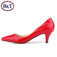 achat en gros de pompes jaunes haute-{DT} 6cm Confortable femmes Femmes d'âge pompes à talon, mode pointue Toe cuir de brevet chaussures à talons hauts, Couleurs 12Candy, rouge / jaune / vert