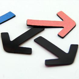 Wholesale 4 cm Color Arrow Point Board Magnetic Stickers Creativer Fridge Magnet Home Decoration FM111