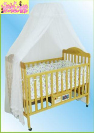 Wholesale Solid wood automatic swing music baby cradle bed