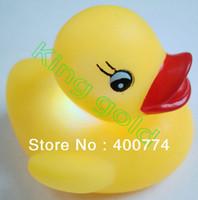bath duck led - Baby Bath Duck waterproof Flashing LED Bath poor Duck toy light water resistant