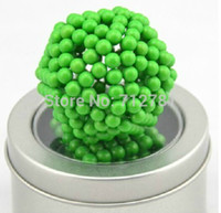 Wholesale 5mm Glow in the Dark Magic Cube Magnetic Balls Neocube Neodymium Magnet Cube DIY Sphere Puzzle Cube for Buckyballs Green