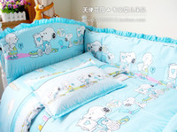 Wholesale quality Bedding Sets Sky Blue Snoopy crib product suite baby bedding bed around kits cotton baby bed set
