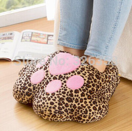 Wholesale Cute Cat Paw Plush USB Foot Warmer Shoes Winter Warm CM Soft Electric Heat Slipper Leopard Shoes Home Wear Colors