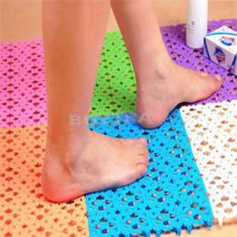Wholesale 2015 New FA Delicate Popular Plastic Rubber Non slip Shower Convenient Bathroom Massage Mat Mosaic Bath Mat Random Color AF