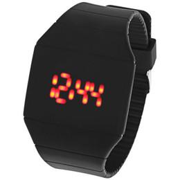 2017 pantallas digitales Pantalla mayor-LED rojo Touch muñeca del indicador digital del reloj de pulsera de goma 9 colores pantallas digitales Rebaja