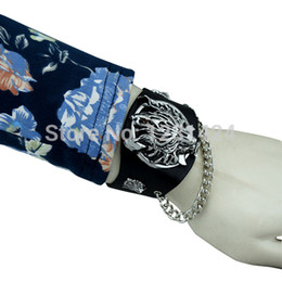 Wholesale Japanese Animation Final Fantasy VII Cloud Wolf Wristband COSPLOY Cuff Bracelet Advent Children A00193