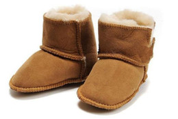Wholesale baby fur boots baby soft sole prewalker baby snow boots wool boots month