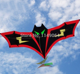 Wholesale high quality m lightning bat delta kite with handle line easy control wheel set storm eagle animal birds children