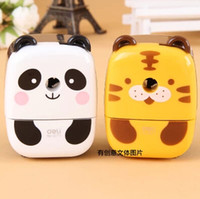Wholesale Aoopen stationery supplies cute tiger bear cartoon machine pencil sharpener mechanical for school kids prize pc Oulm