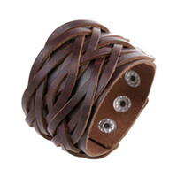 al por mayor wholesale studded leather wrap bracelets-Al por mayor-ancha del cuero genuino Cuff Wrap brazaletes del punk rock de la vendimia pulseras para hombre Doble tachonado de cuero trenzado Pulsera Surfer Joyería